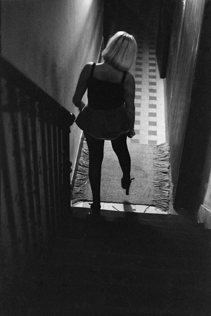 5. Rue des Lombards (Claudine descend les escaliers), 1976-1977