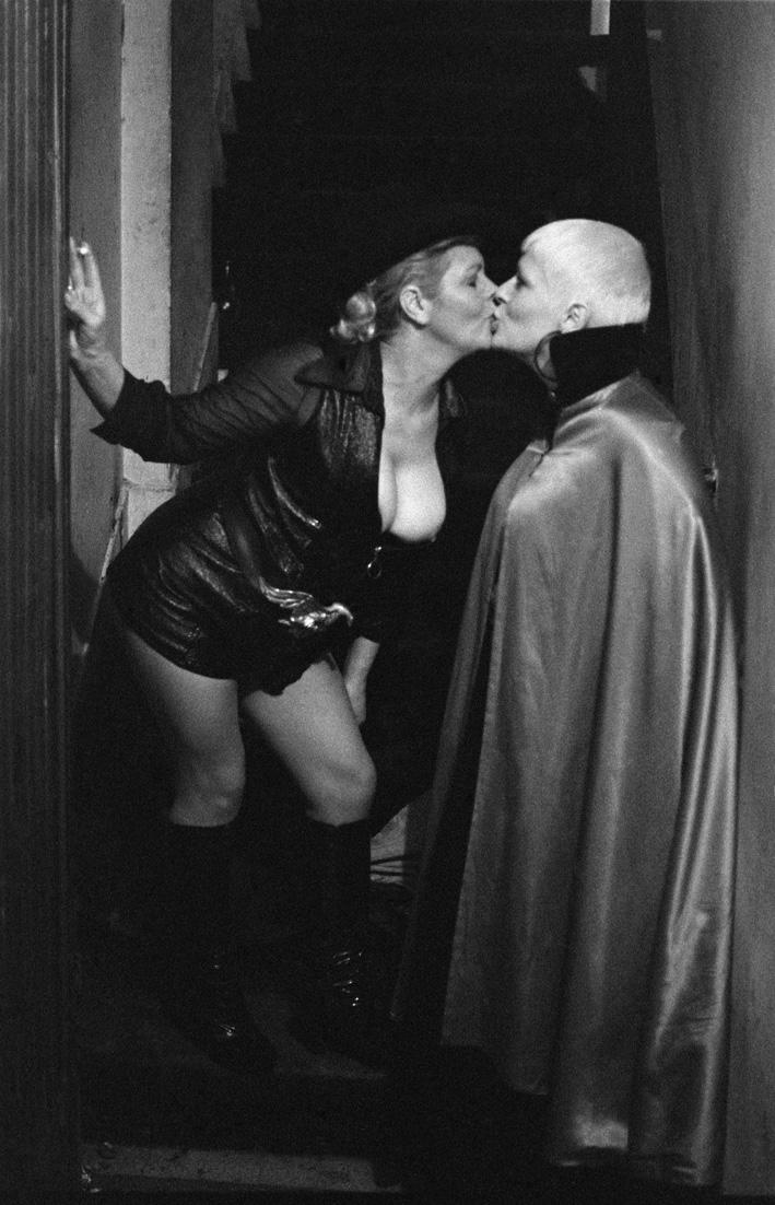 9. Rue des Lombards (Kiss dans le couloir), 1976-1977