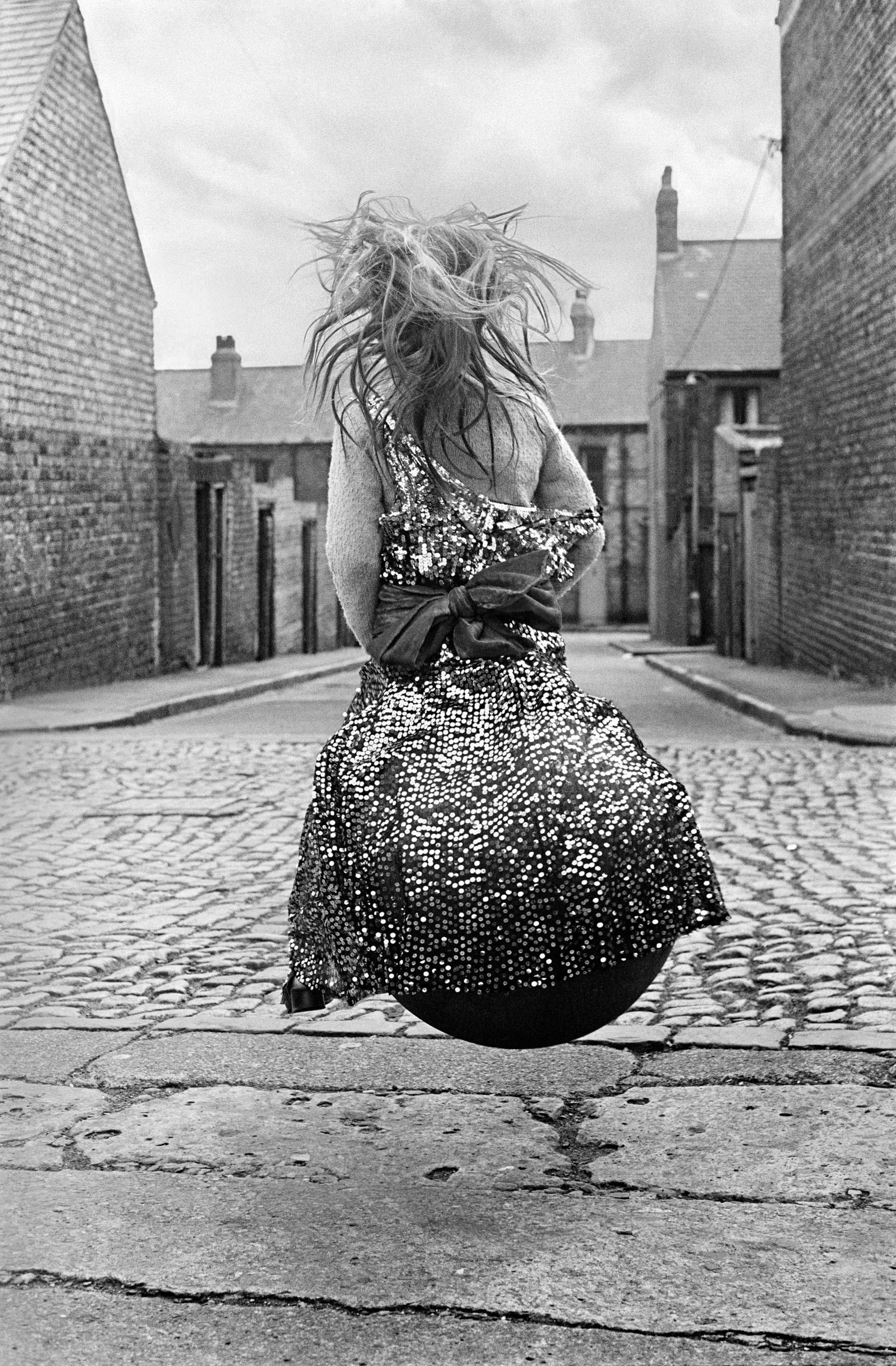 Girl on a Spacehopper, 1971