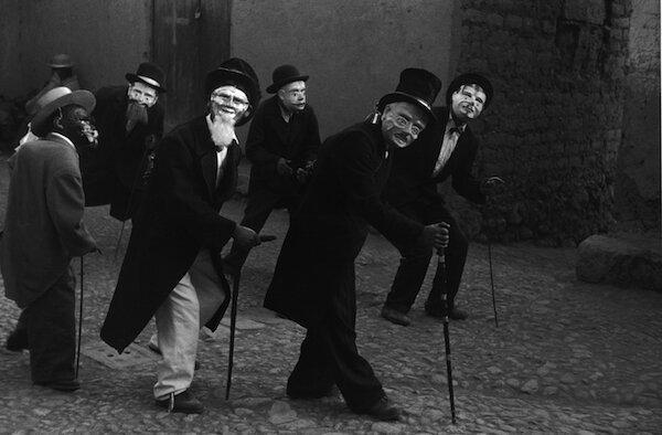 4 Juli, festival dancers, 1956.jpg