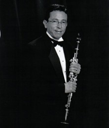 Wagner Campos, Clarinet    Musical Affiliations:  Chicago Sinfonietta , Chicago Philharmonic  Academic Affiliation:  DePaul University  Musical Passions:  Stravinsky, Prokoffiev, Shostakovich. Their music is so rich with great harmonies, rhythms, and exotic melodies.  Outside Interests:  Cooking all types of cuisines, listening to great Salsa and Brazilian music, reading and movies