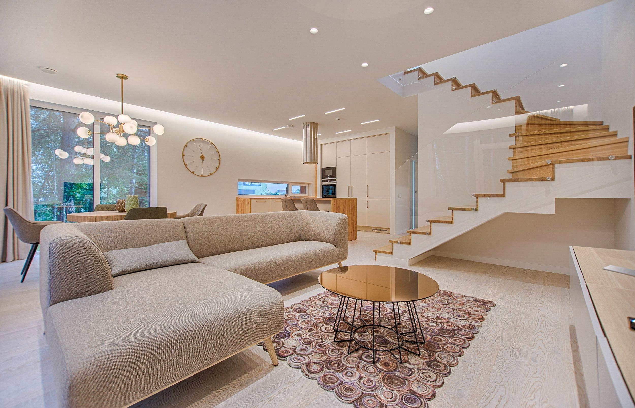 modern home.jpg