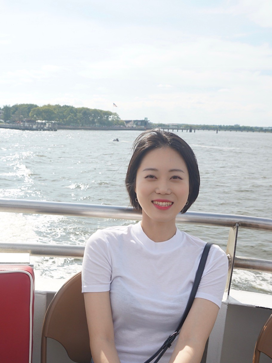 Ha-Na Lee - Ha-Na received her Ph.D degree with the major of microbiology from Pusan National University in South Korea in Feb 2018. During her Ph. D, she studied the regulation of peroxide stress responses in Mycobacterium smegmatis. She joined the laboratory of Dr. Dirk Schnappinger in Apr 2018 and now is working on a project for identification and characterization of genes involved in the utilization of biotin in Mycobacterium tuberculosis.