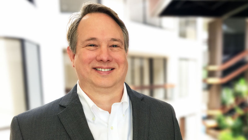 As Managing Director of Infrastructure, Kent Jordan leads Sparkhound's global infrastructure practice. He oversees the delivery of projects and (click for full bio)