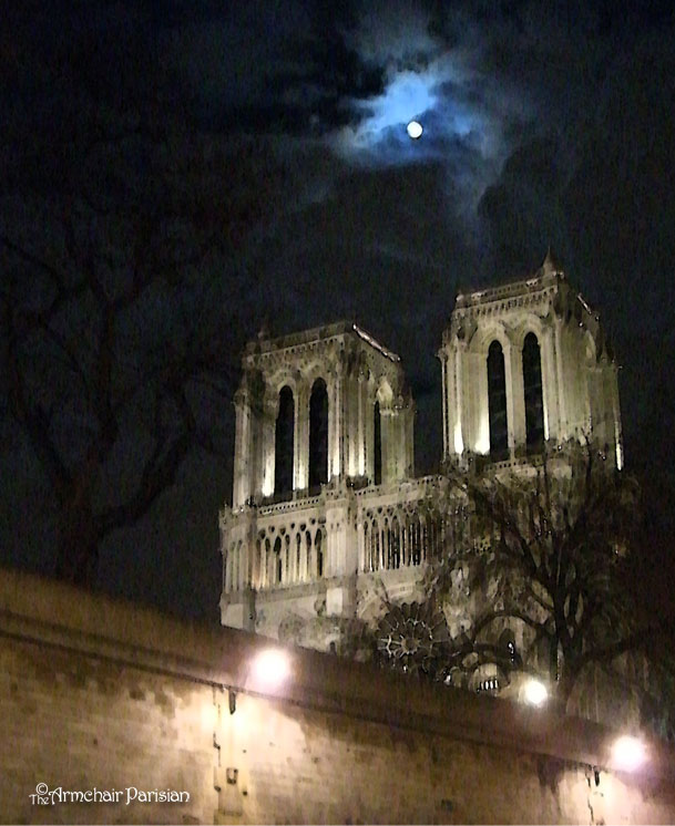 notre_dame-and-moon.jpg