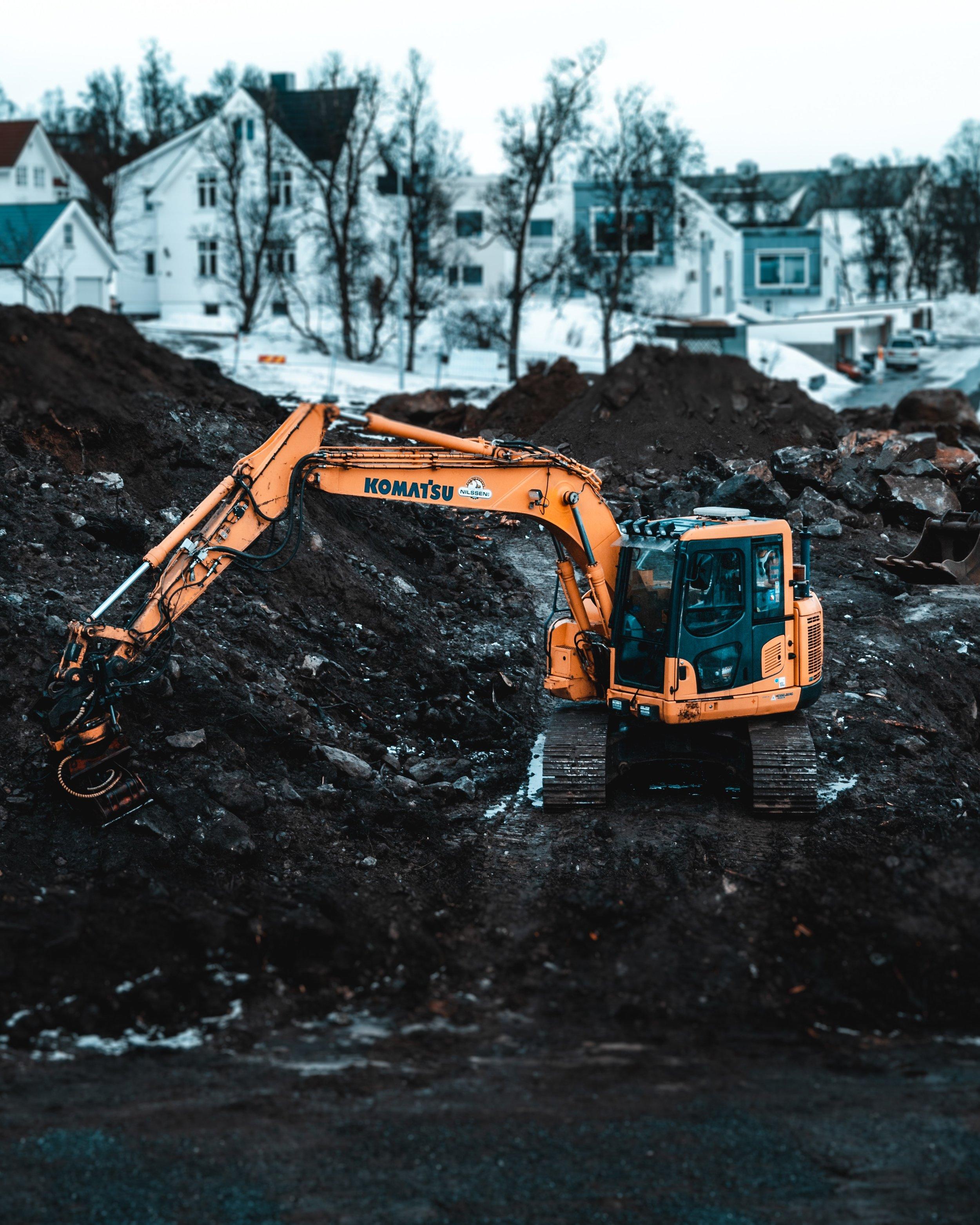 construction-site-dig-excavator-2058729.jpg