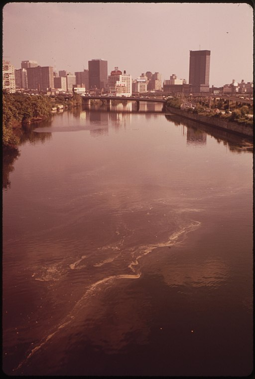 THE_POLLUTED_SCHUYKILL_RIVER_AND_CENTER_CITY_IN_BACKGROUND_-_NARA_-_552715.jpg