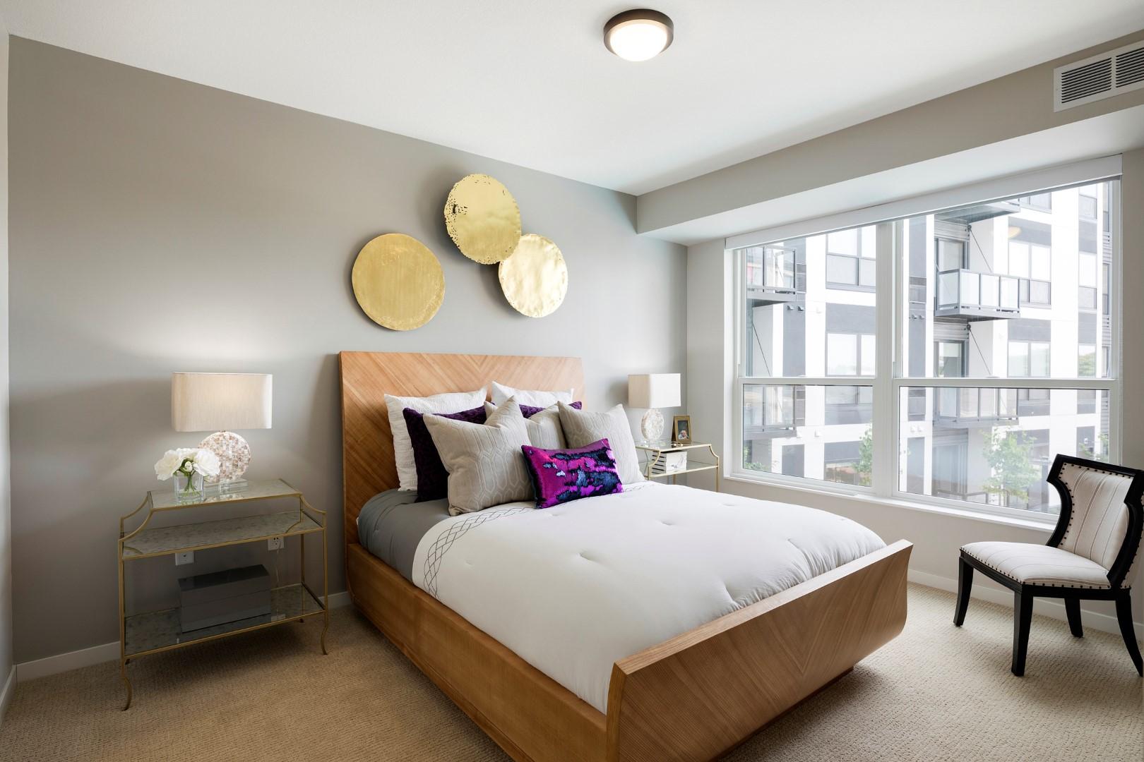 Residences of 1700_Minnetonka_MN_model_bedroom.jpg
