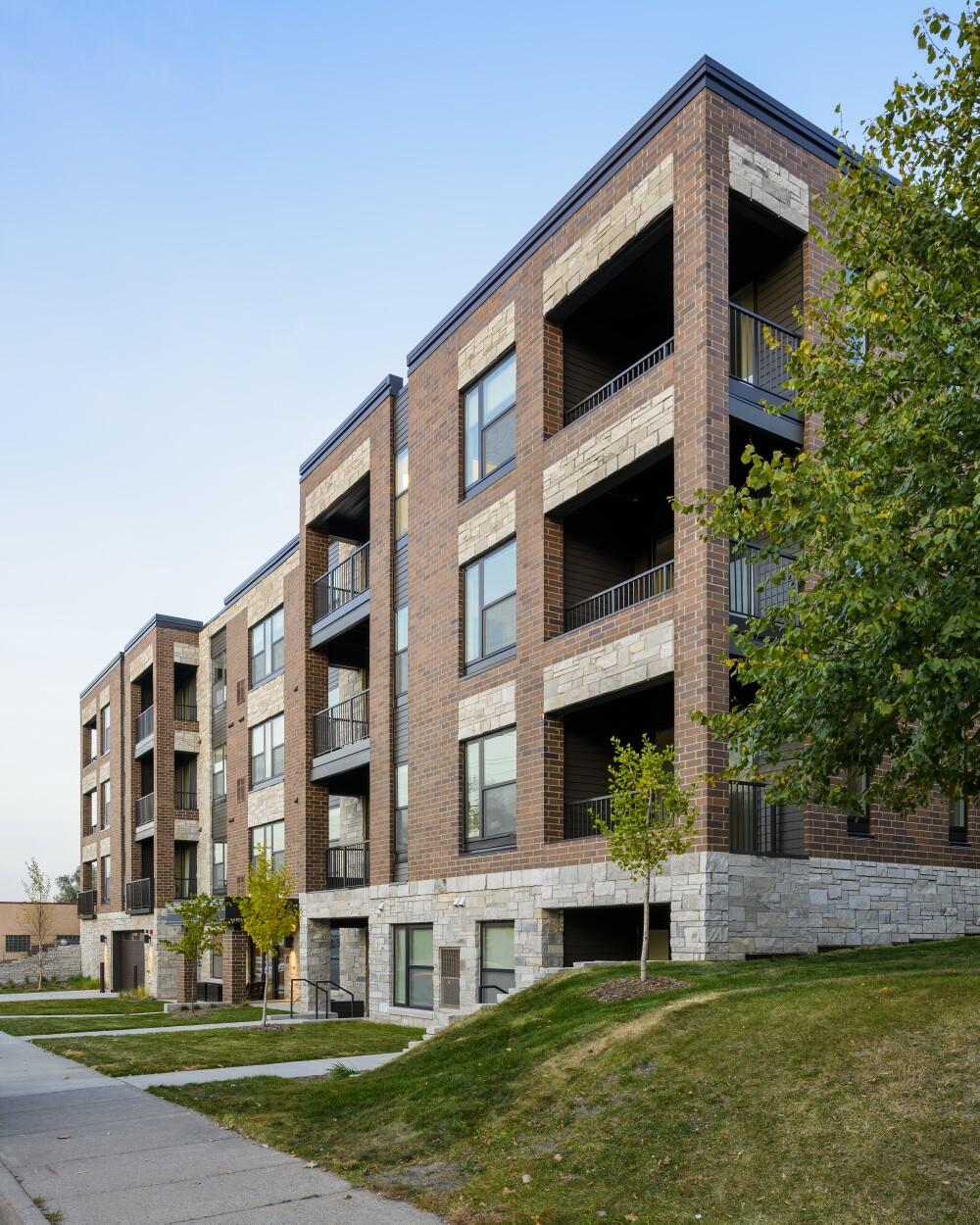 Elements-of-Linden-Hills-Apartment-Minneapolis-Minnesota-Exterior (resized).jpg