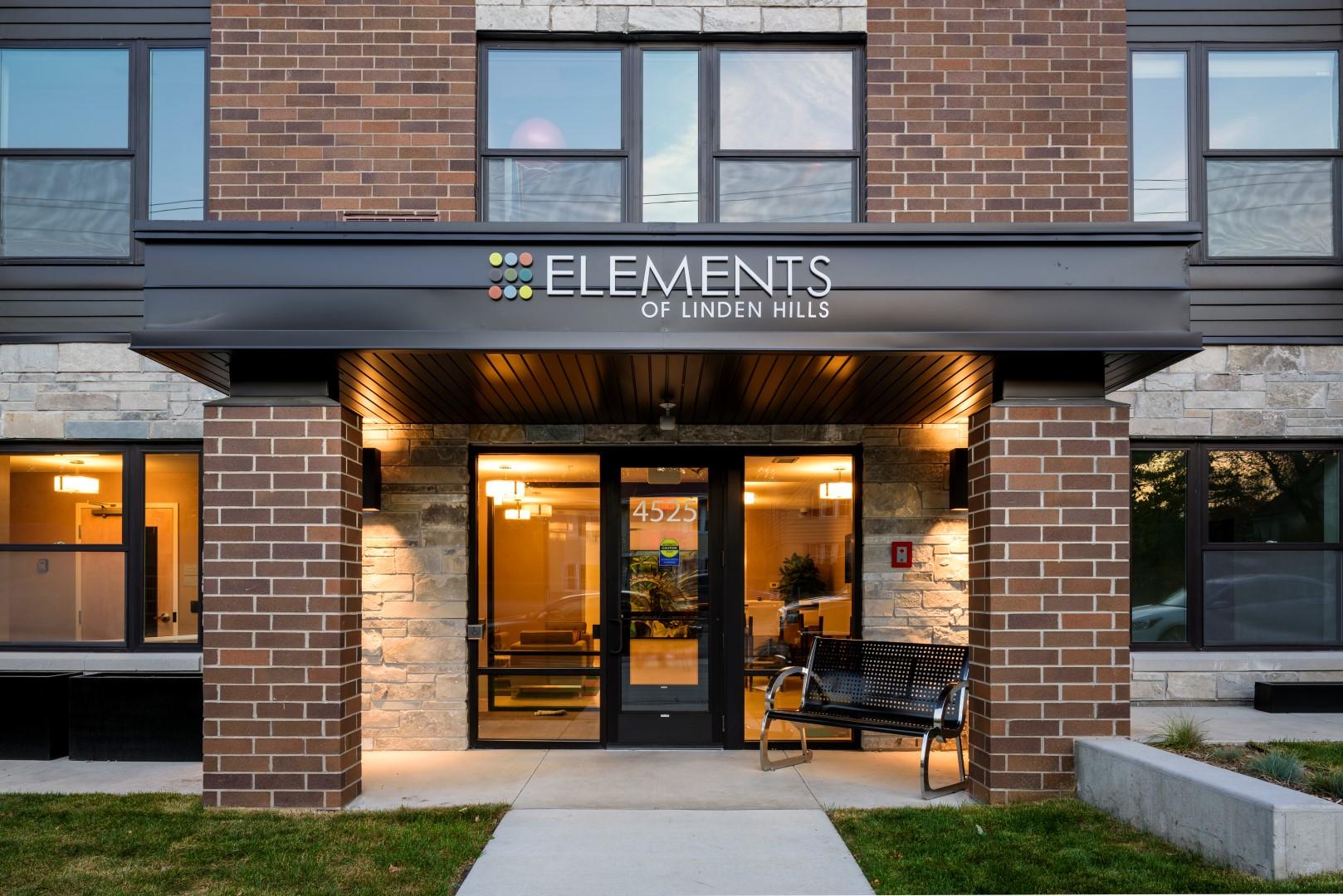 Elements-of-Linden-Hills-Apartment-Minneapolis-Minnesota-Exterior3 (Large).jpg