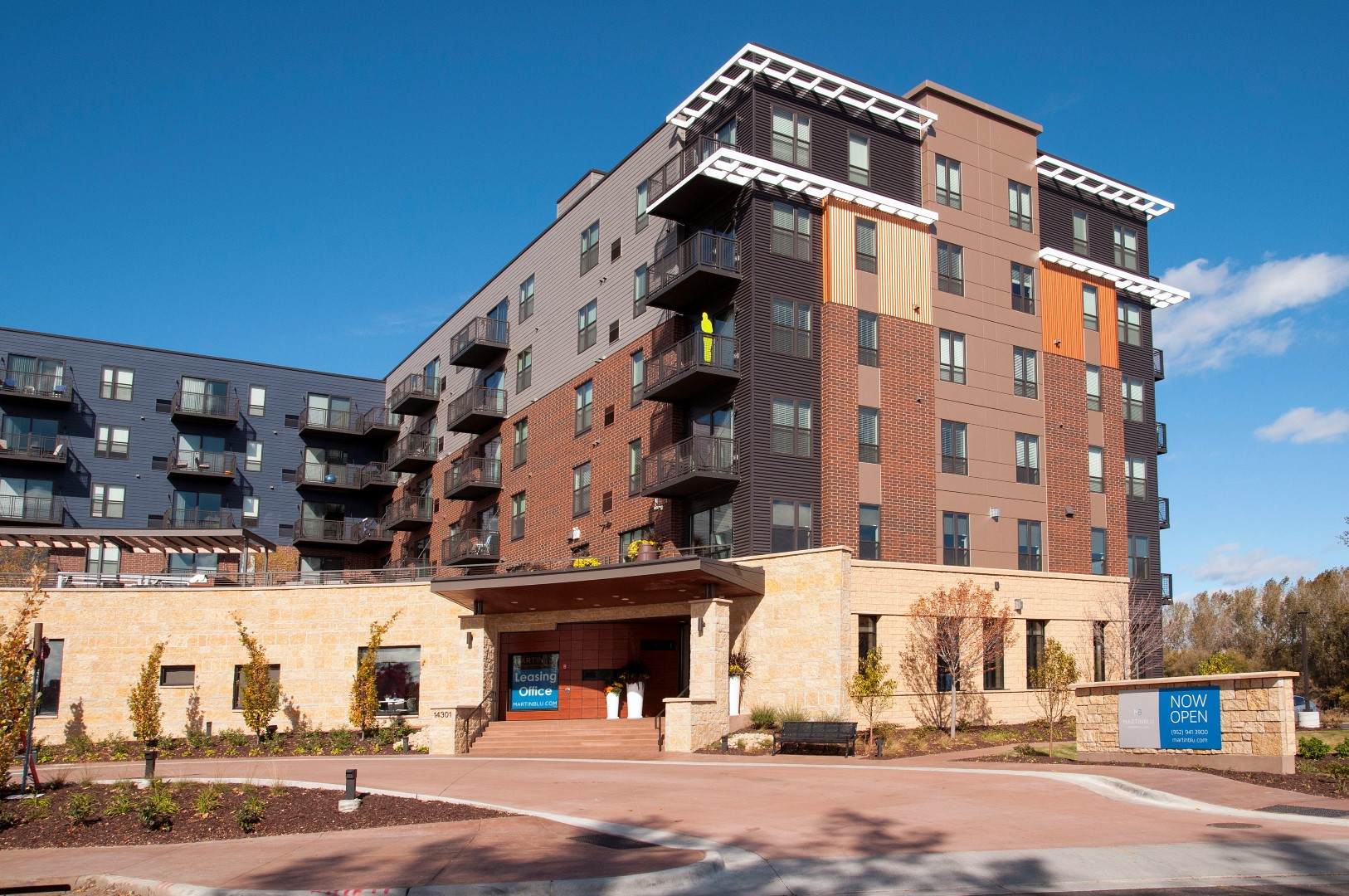 MartinBlu Apartments in Eden Prairie, MN_Exterior 3.jpg