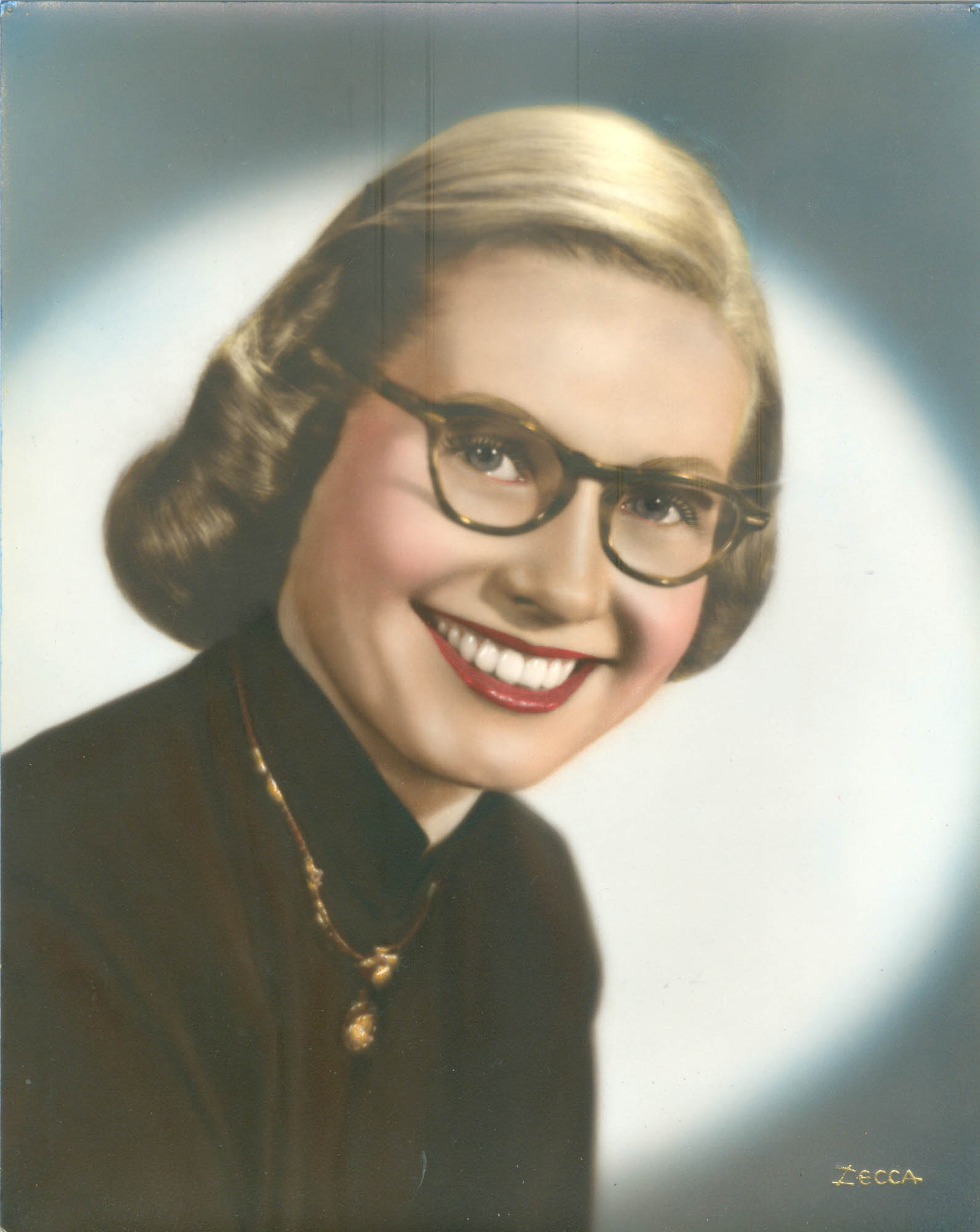 5-17 w-obit Betty Barbara Smart.jpg