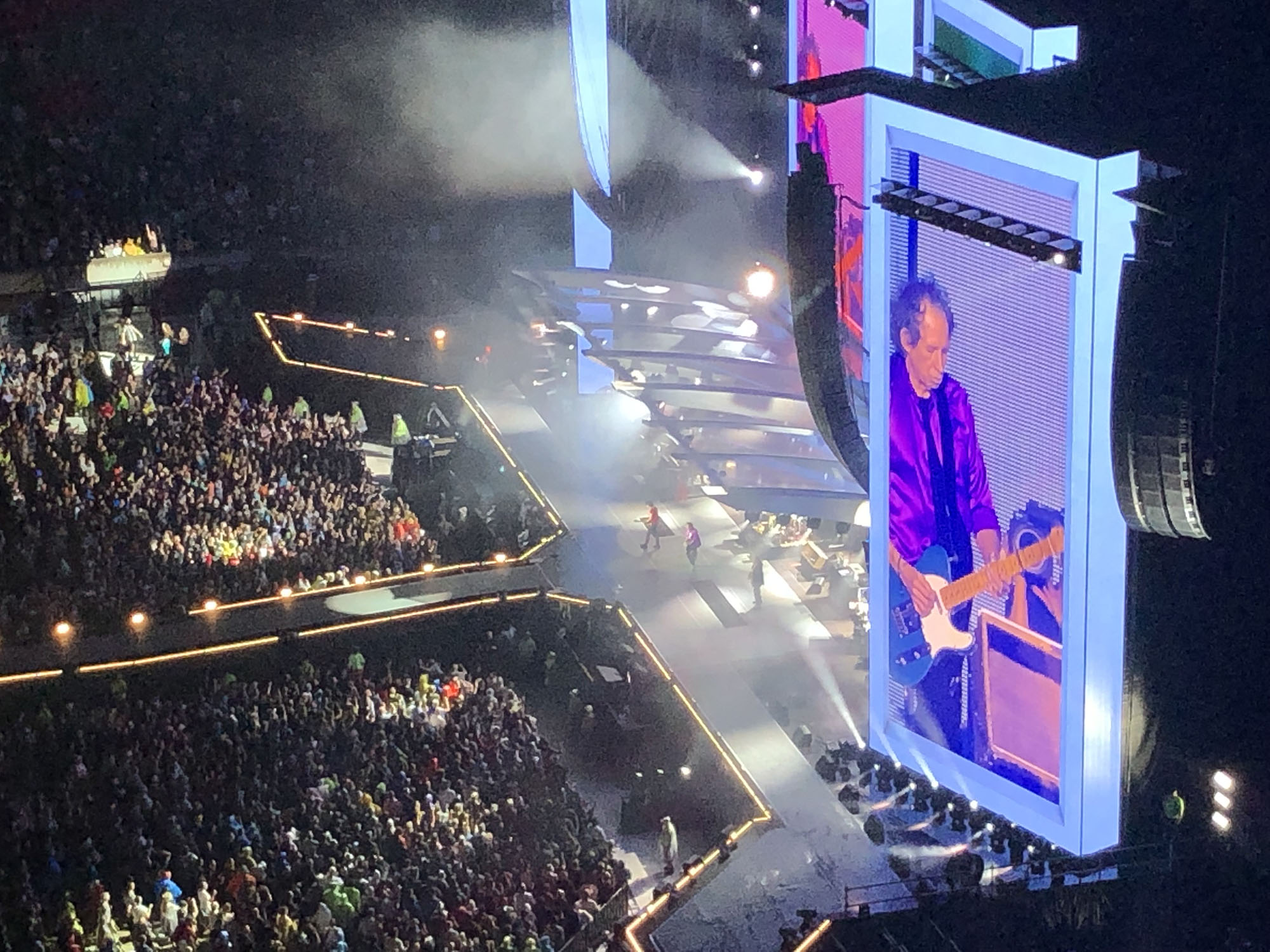 Keith Richards playing that riff last Tuesday.