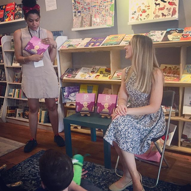 I had such a great time reading #pisforpsychology at @loyaltybooks today! Thank you so much for having me (and a big thank you to my adorable audience pictured here playing peekaboo to demonstrate #objectpermanence 🙈)