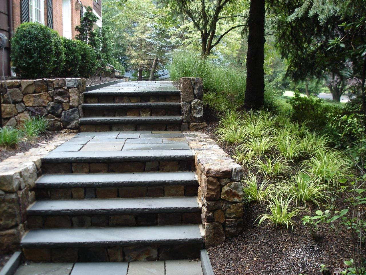 Retaining wall and steps in Randolph, NJ