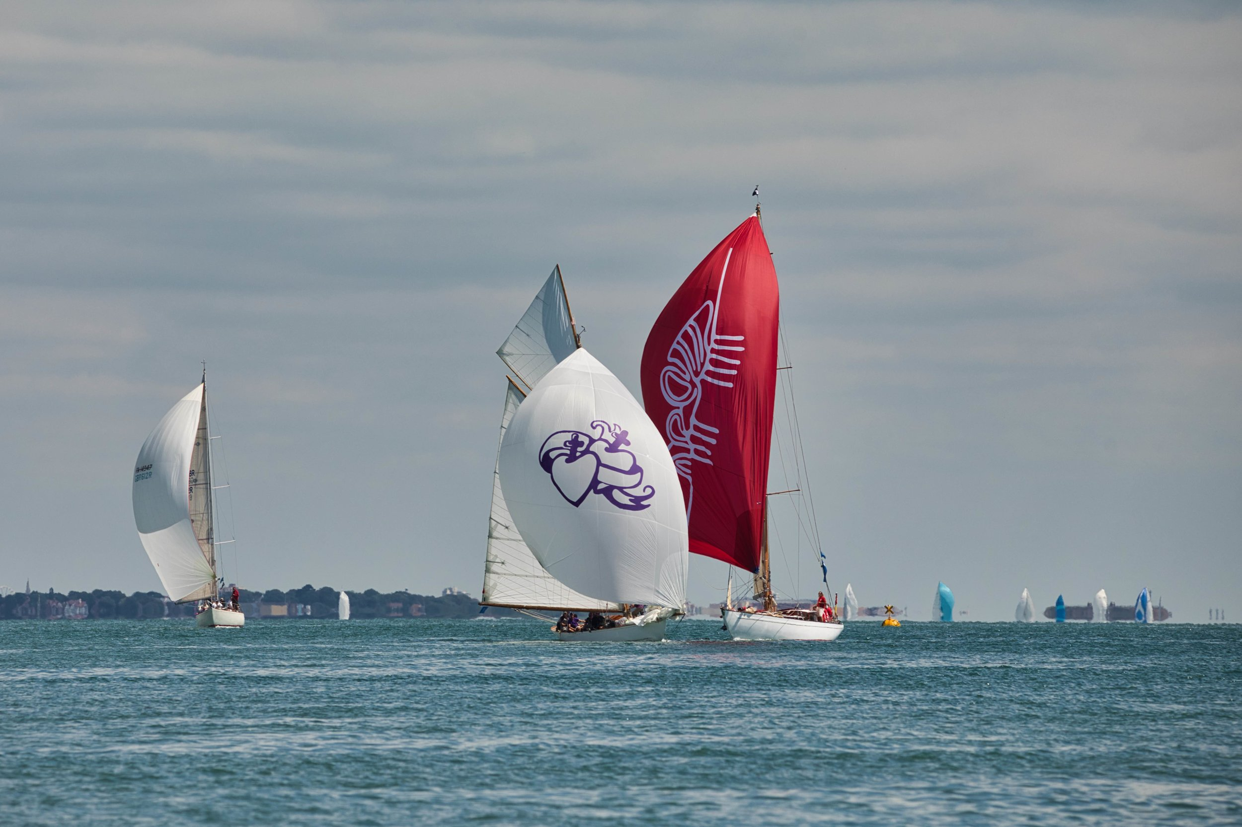 Fife Gaff Cutter Viola keeping pace with Laurent Giles 7/8 Sloop Cetewayo