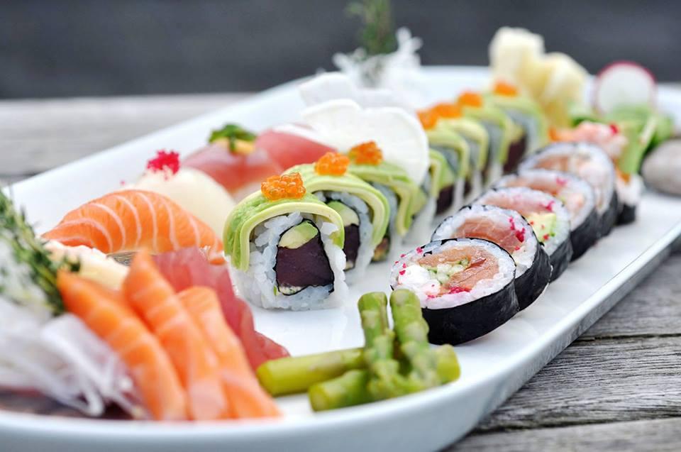 FB-sushi4.jpg