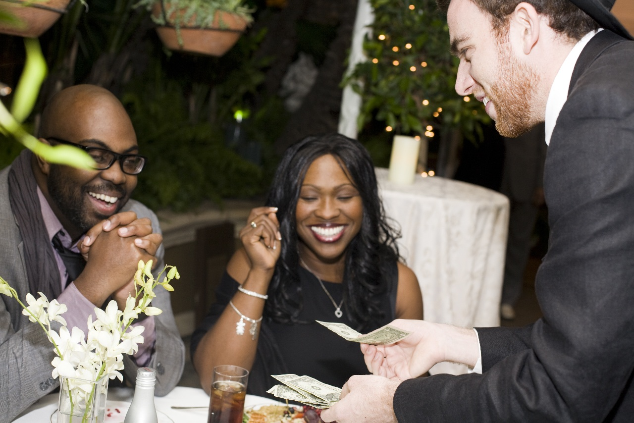 best-magician-nyc-brooklyn-magic-mike-weddings-corporate-event-entertainment-8.jpg