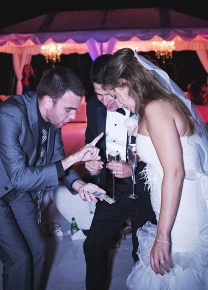 best-magician-nyc-brooklyn-magic-mike-weddings-corporate-event-entertainment-7.png