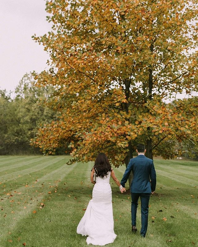 Our Team here at Fresh Look Design Inc. wish all you happy people an amazing Thanksgiving long weekend. ⠀⠀⠀⠀⠀⠀⠀⠀⠀ ⠀⠀⠀⠀⠀⠀⠀⠀⠀ In addition to family time we are excited to celebrate our clients Melissa and Chad at Galt Country club which is a location we have never been to.⠀⠀⠀⠀⠀⠀⠀⠀⠀ ⠀⠀⠀⠀⠀⠀⠀⠀⠀ Enjoy your long weekend! ⠀⠀⠀⠀⠀⠀⠀⠀⠀ ⠀⠀⠀⠀⠀⠀⠀⠀⠀ #ThanksgivingWeekend #ThanksgivingWeekendWedding #FallWedding #Thanksgiving #Fall #EventPlanner #WeddingCoordinator #WeddingDecorator #WeddingFlorist #EventFlorist #EventCoordinator #EventDecorator #WeddingPlanner #KitchenerWedding #CambridgeWedding #KWAwesome #OntarioWeddings #DTKitchener #DTK #WaterlooRegion #NothingOrdinary #WeddingInspiration #WeddingDecor #WeddingDecorator #WeddingFloral #WeddingDecorIdeas #WeddingIdeas #CreativeWedding #WeddingDesign