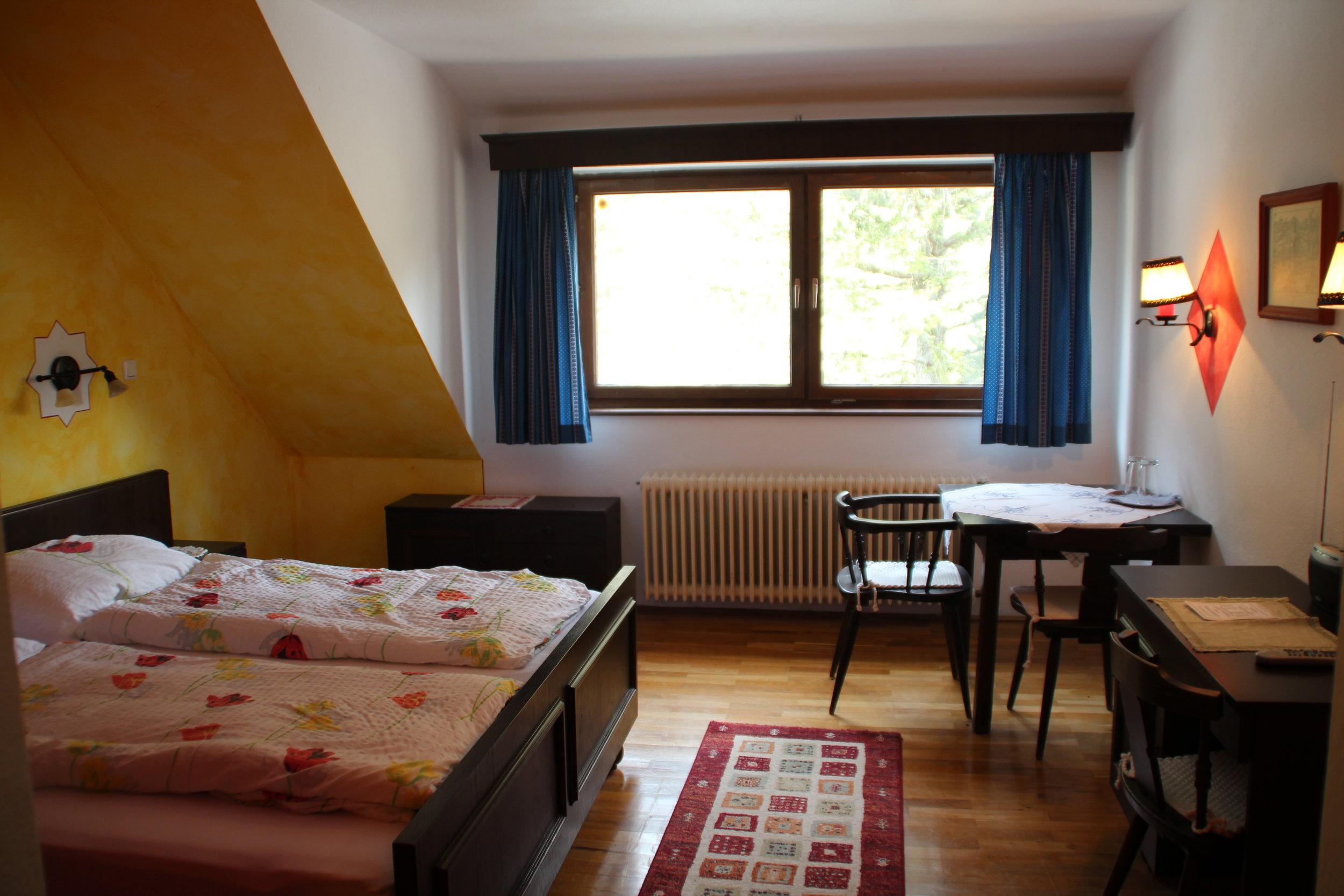 Zimmer & Preise -