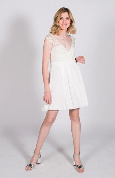 Location-vêtements-mariage-Jules-et-moi-robe-rose-longue-MARIANE-CARÊME-6.jpg