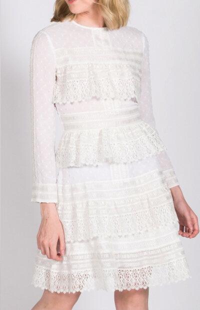 Location-vêtements-mariage-Jules-et-moi-robe-blanche-courte-Maje-2.jpg