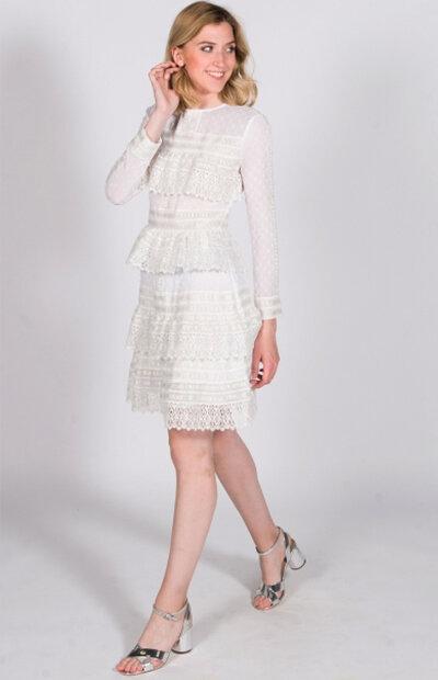Location-vêtements-mariage-Jules-et-moi-robe-blanche-courte-Maje-4.jpg