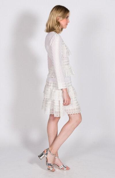 Location-vêtements-mariage-Jules-et-moi-robe-blanche-courte-Maje-5.jpg