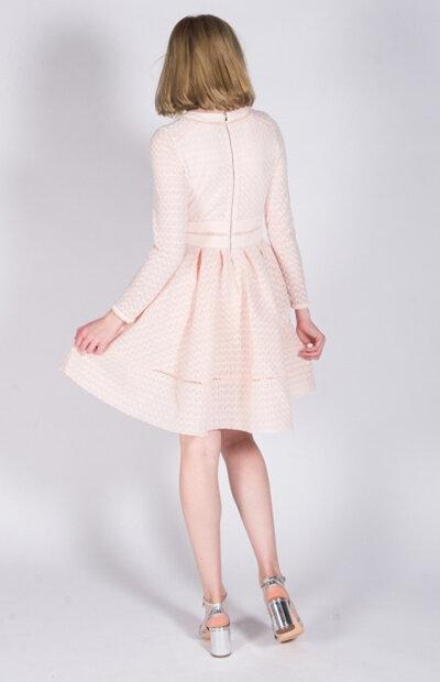Location-vêtements-mariage-Jules-et-moi-robe-rose-courte-Maje-4.jpg