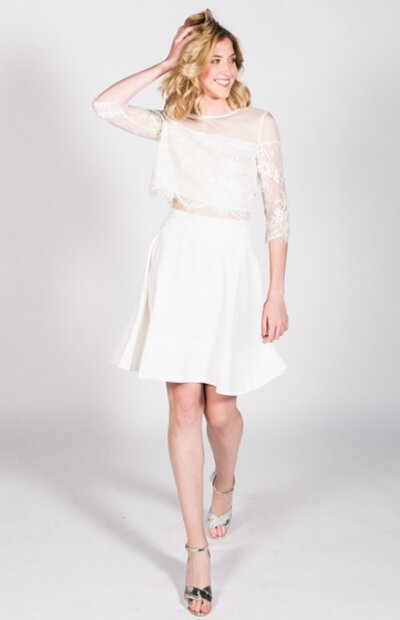 Location-vêtements-mariage-Jules-et-moi-robe-blanche-HARPE-1.jpg
