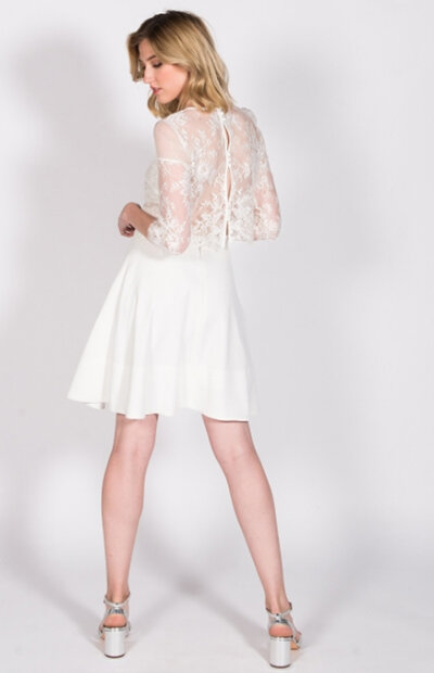 Location-vêtements-mariage-Jules-et-moi-robe-blanche-HARPE-3.jpg