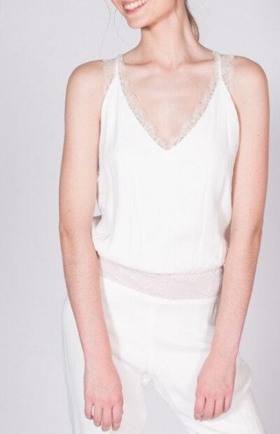 Location-vêtements-mariage-Jules-et-moi-robe-blanche-SOPHIE-SARFATI-5.jpg