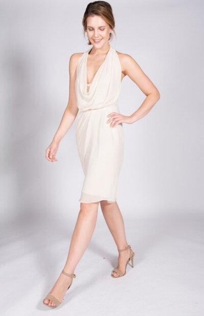 Location-vêtements-mariage-Jules-et-moi-robe-blanche-MANOUKIAN-3.jpg