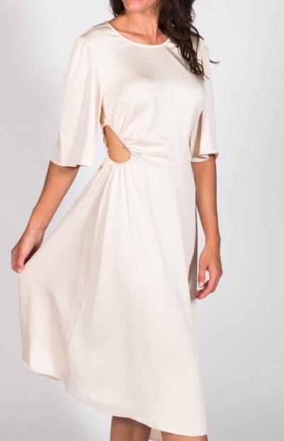 Location-vêtements-mariage-Jules-et-moi-robe-blanche-ba&sh-7.jpg