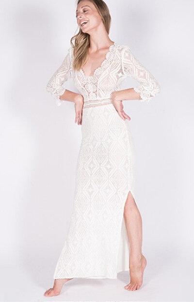 Location-vêtements-mariage-Jules-et-moi-robe-blanche-Bash-4.jpg