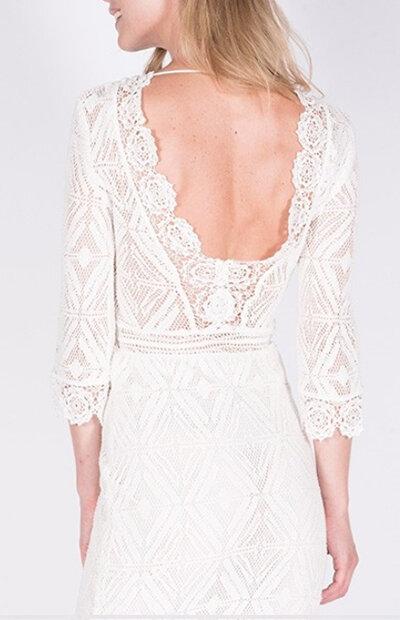Location-vêtements-mariage-Jules-et-moi-robe-blanche-Bash-3 copie.jpg