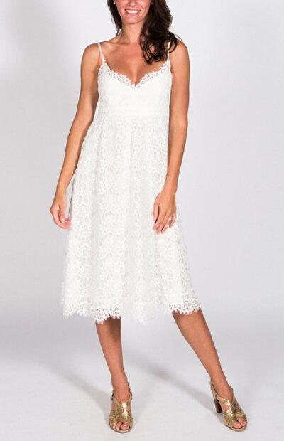 Location-vêtements-mariage-Jules-et-moi-robe-rose-longue-CLAUDIE-PIERLOT-4.jpg
