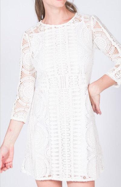 Location-vêtements-mariage-Jules-et-moi-robe-blanche-Bash-3.jpg