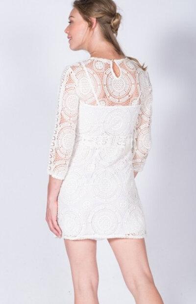 Location-vêtements-mariage-Jules-et-moi-robe-blanche-Bash-5.jpg