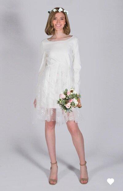 Ensemble cérémonie civile. Robe + couronne + bouquet à 200€.