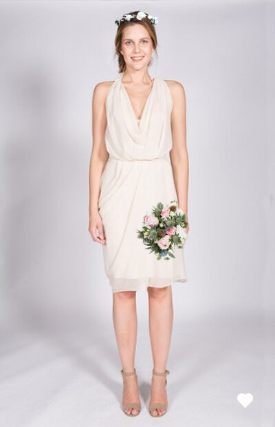 Ensemble cérémonie civile. Robe + couronne + bouquet à 155€.