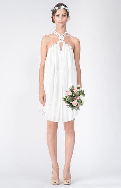 Location-vêtements-mariage-Jules-et-moi-robe-rose-longue-JAY AHR-mise-in-situ-2.jpg