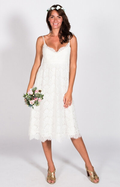 Location-vêtements-mariage-Jules-et-moi-robe-rose-longue-CLAUDIE-PIERLOT-situation.jpg