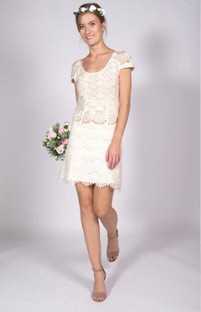 Location-vêtements-mariage-Jules-et-moi-robe-blanche-KOOPLES-couronne.jpg