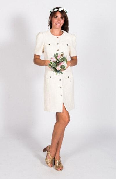 Location-vêtements-mariage-Jules-et-moi-robe-blanche-MAJE-couronne.jpg