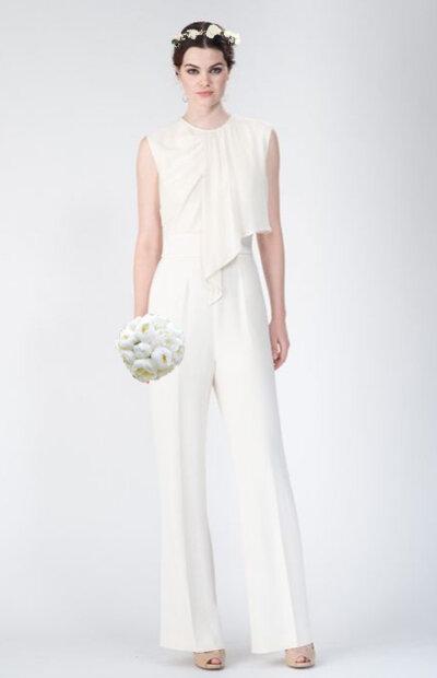 Location-vêtements-mariage-Jules-et-moi-robe-blanche-ELIE SAAB-couronne.jpg
