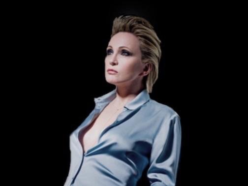 PATRICIA KAAS - Eine Mischung aus Popmusik und Jazz macht Patricia Kaas zu den international erfolgreichsten französischsprachigen Sängerinnen.