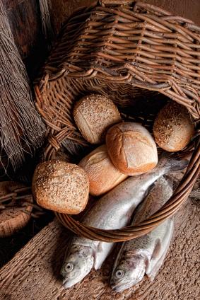 5-loaves-2-fish1.jpg