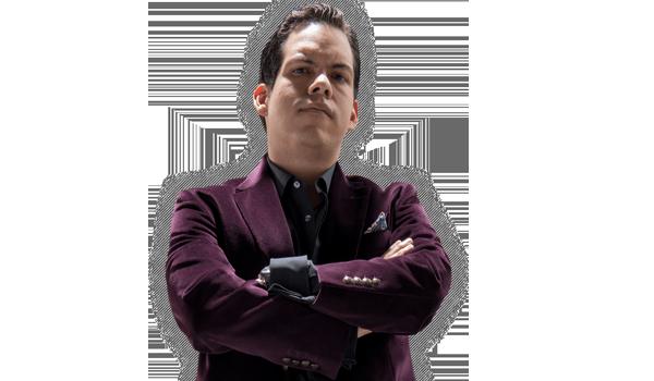 """Dorian Roldán - Dorian Roldán Peña, es un joven con la visión para transformar radicalmente el negocio de la lucha libre.Su primera aparición fue en AAA Sin Límite al ser secuestrado por Konnan y su gente en Héroes Inmortales III, Dorian comenzó a cambiar gradualmente de ser un joven de familia, fue dando la espalda a sus padres, la Presidenta de AAA, Lic. Marisela Peña, y el Director General de AAA, Lic. Joaquín Roldán, tomando con el tiempo el liderazgo absoluto de las fuerzas no alineadas dentro de la organización.Pieza clave de la fundación de La Sociedad, una coalición de las fuerzas que pretender transformar radicalmente la empresa Lucha Libre AAA Worldwide.Sus frases más célebres son: """"Bienvenidos a la casa de Dorian Roldán"""" y """"Dorian Roldán, como Antonio Peña, está revolucionando la lucha libre""""."""